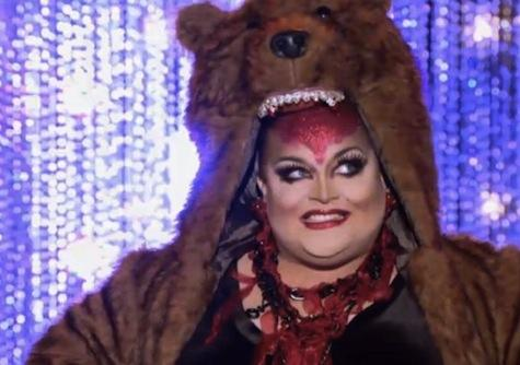 "Ginger Minj in the ""Death Becomes Her"" challenge"