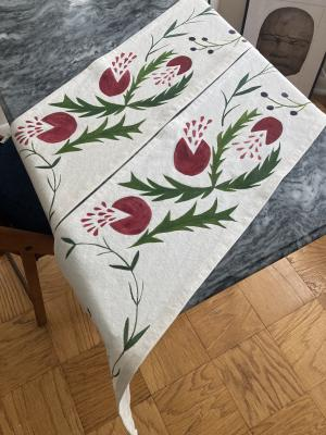 Table Runners for The Greeting